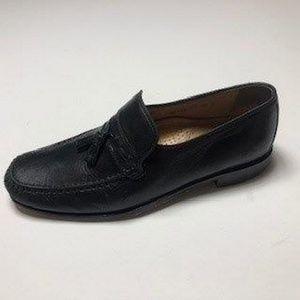 Florsheim Imperial Black Leather Tassel Loafer 9.5